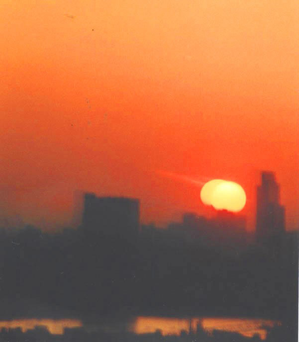 Sunset across the Thames